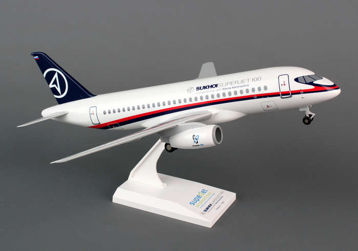 Sukhoi SSJ100 (1:100) With Gear