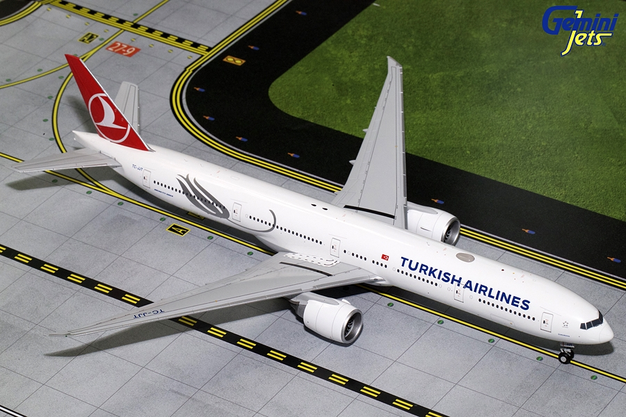 Turkish Airways B777-300ER TC-JJT (1:200)