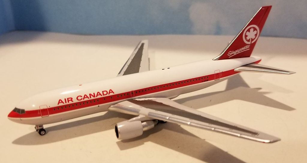 Air Canada 767-200 C-GAUE (1:400), AeroClassics Models, Item Number AC419393