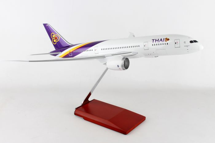 Thai Airways 787-8 (1:100) by Skymarks Supreme Desktop Aircraft Models item number: SKR8901