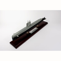 USS Nautilus SSN 571 signed by Eugene Wilkinson (1:150), TMC Pacific Desktop Airplane Models Item Number MBSN1TSS