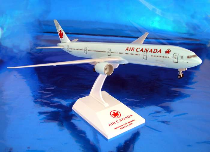 Air Canada 777-300ER  (1:200), SkyMarks Airliners Models Item Number SKR236