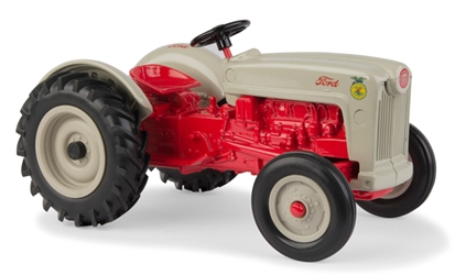 Ford NAA Tractor (1:16), ERTL Item Number ERTL13916