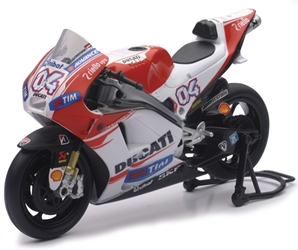 Ducati Racing Team 2015 Desmosedici Street Bike (1:12), NewRay Item Number NR57723