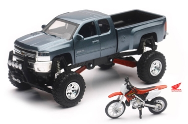 Chevrolet Silverado Off-Road Pickup with Honda Dirt Bike (1:32), New Ray Item Number NRSS-54426