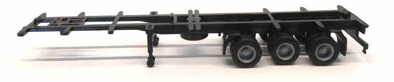 3-Axle Container Chassis - 40ft 1:87 by Promotex Item Number: PRX005315