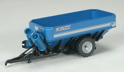 Kinze 1300 Row Crop Tires Grain Cart 1:64 by SPEC-CAST Item Number: GPR-1314