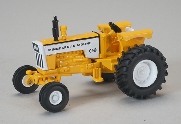 Minneapolis-Moline G940 Wide-Front Tractor (1:64), SPEC-CAST, Item Number SCT-681