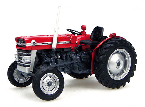 Massey Ferguson 135 Tractor without Cabin (1:32), Universal Hobbies, Item Number UHB2785