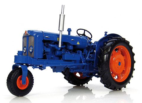 Fordson Super Major Tricycle Row Crop Tractor (1:16), Universal Hobbies Item Number UHB2887