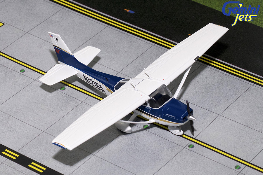 "Cessna C-172 ""Sporty's Flight School #4"" N1215A (1:72) - Preorder item, order now for future delivery"