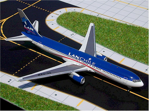 LAN Chile B767-300 (1:400), GeminiJets 400 Diecast Airliners, Item Number GJLAN228