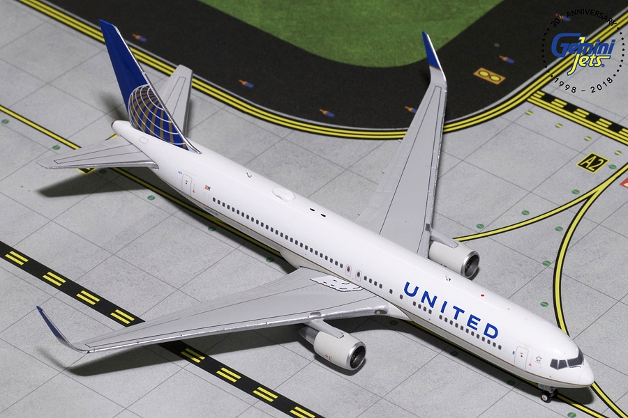 United B767-300ER Winglets N676UA (1:400)