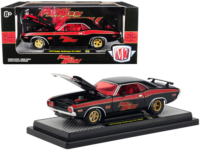 2008 Dodge Challenger SRT8 Hemi Die-cast Car 1:24 Maisto 7.75 inches Matte Black