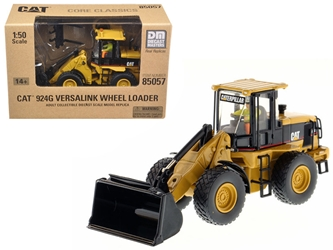 "CAT Caterpillar 924G Versalink Wheel Loader with Work Tools with Operator ""Core Classics Series"" 1/50 by Diecast Masters by Diecast Masters Item Number 85057C"